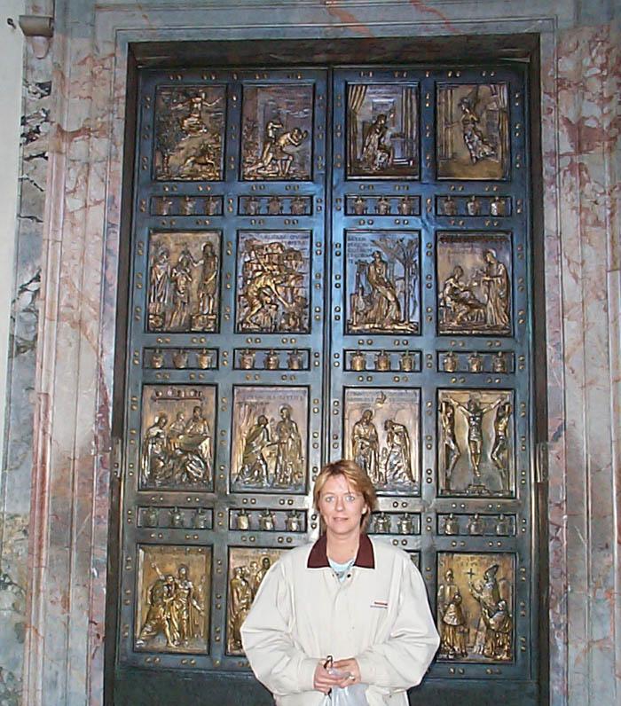 sc 1 st  St Peter\u0027s Basilica & St. Peter\u0027s - The Holy Door